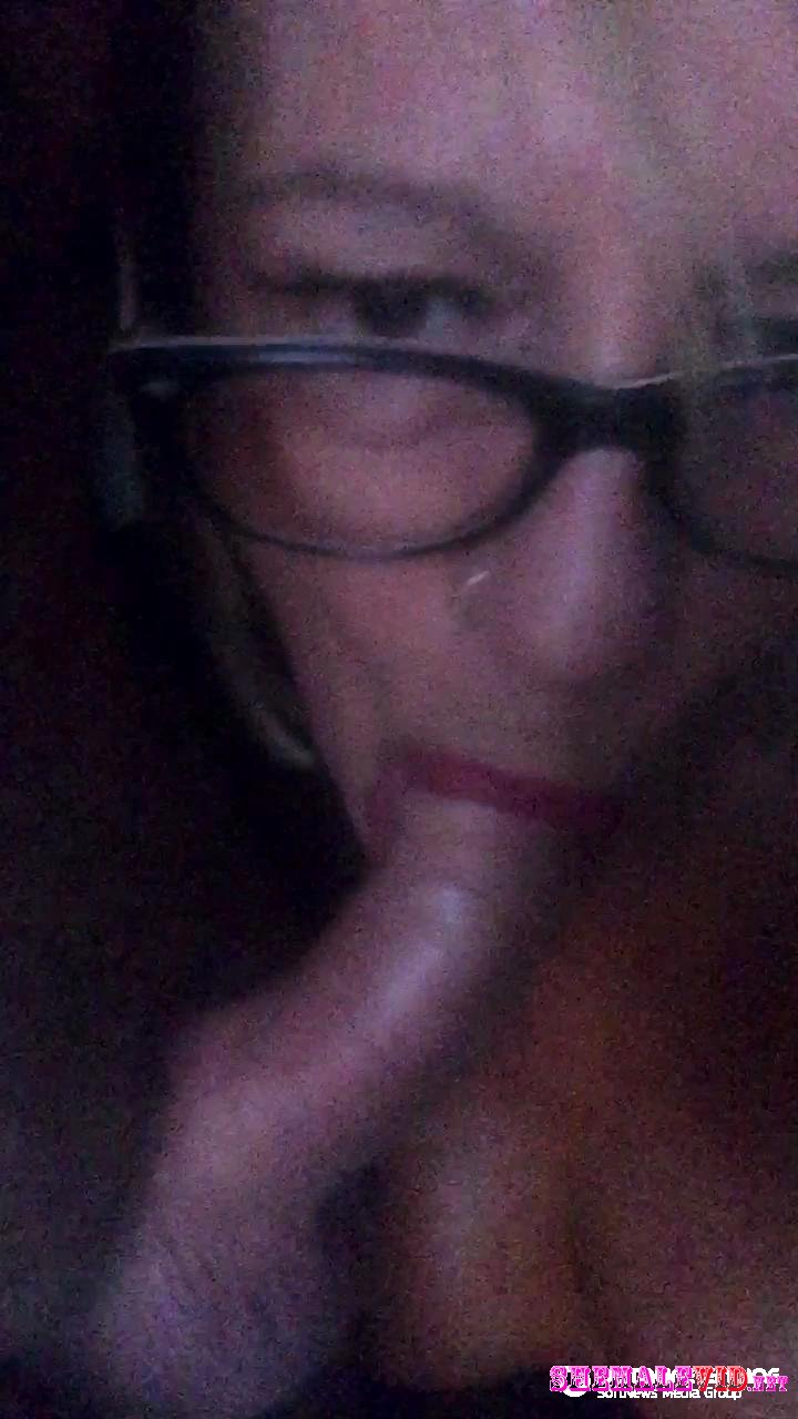 Angel Black-Manyvids-Trans girl sucks a cock and facial