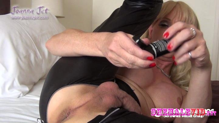 Joanna Jet-Manyvids-Zip-Thru Leggings and Big Butt-Plug