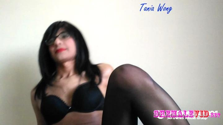 Tania Wong-Manyvids-Little part of cam session in pantyhose