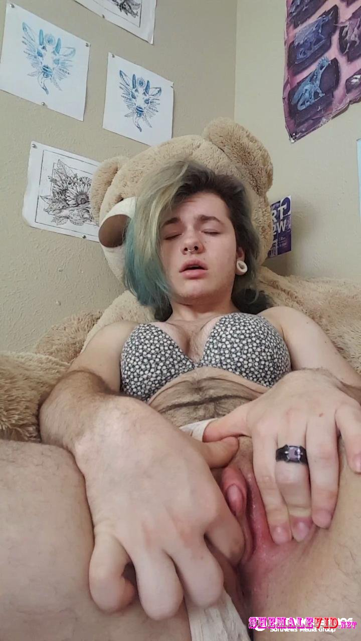 PeachyCreamm-Manyvids-Creampie play and cumming