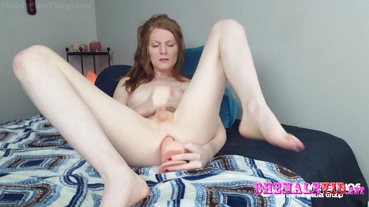 Melody Lane-Manyvids-Huge dildo fuck