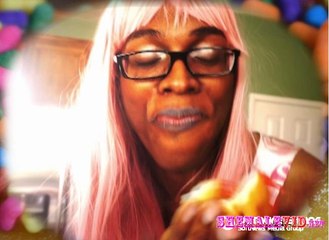 Miss Jadence-Manyvids-Do nut queen a foodie fetish slow mo