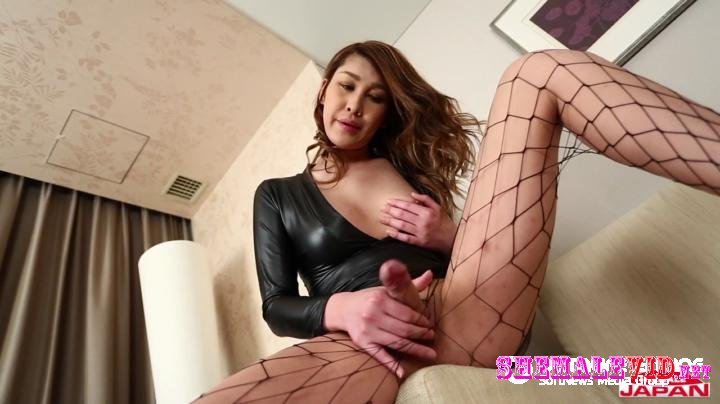 Tgirl Japan-Aira-In Sexy Pantyhose