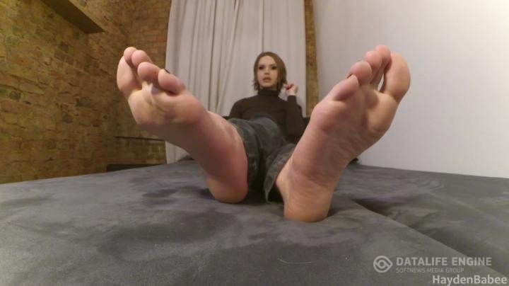 Hayden Pavlov-Manyvids-Requested at my feet degraded spat on