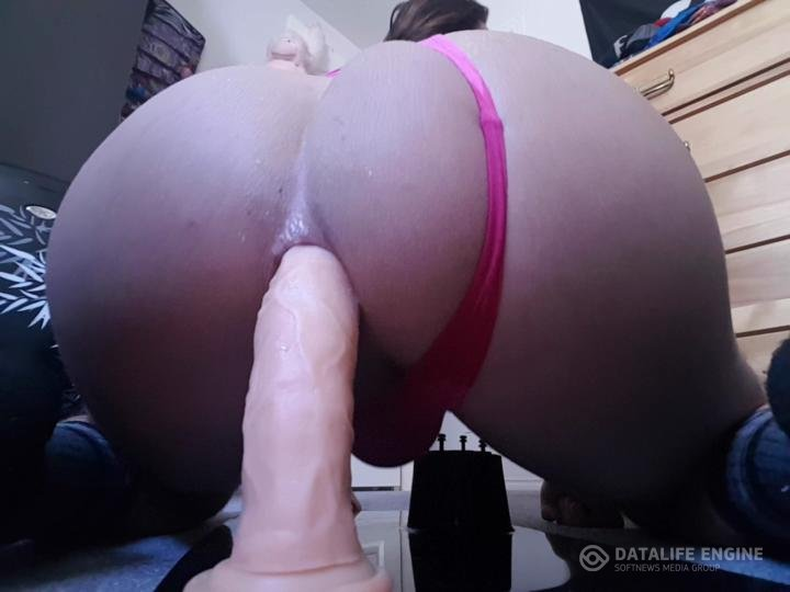 Bubblebumbutt-Manyvids-A bit of showing off my booty and ridin