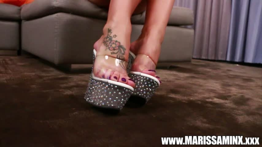 marissaminx-Manyvids-Foot Goddess-Foot Fetish, Foot Play, Solo masturbation