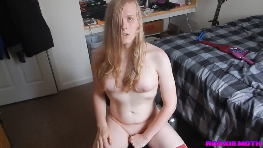 Roxxie Moth-Manyvids-Naked Orgasm and Cum Licking-Cum Swallowers, Blonde, Socks