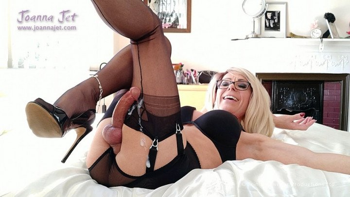 Joanna Jet-Manyvids-Nylons Unpacking-Garter and Stockings, MILF, Nylon Worship