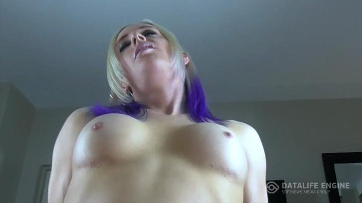 Avril Harder-manyvids-Lucky Fan Gets a Blowjob and Fuck