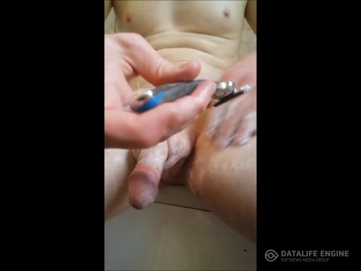 Alex Amour TS-manyvids-Shaving cockampballs