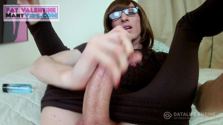 FayValentine369-manyvids-Mega cock tranny gets stuffed and cums