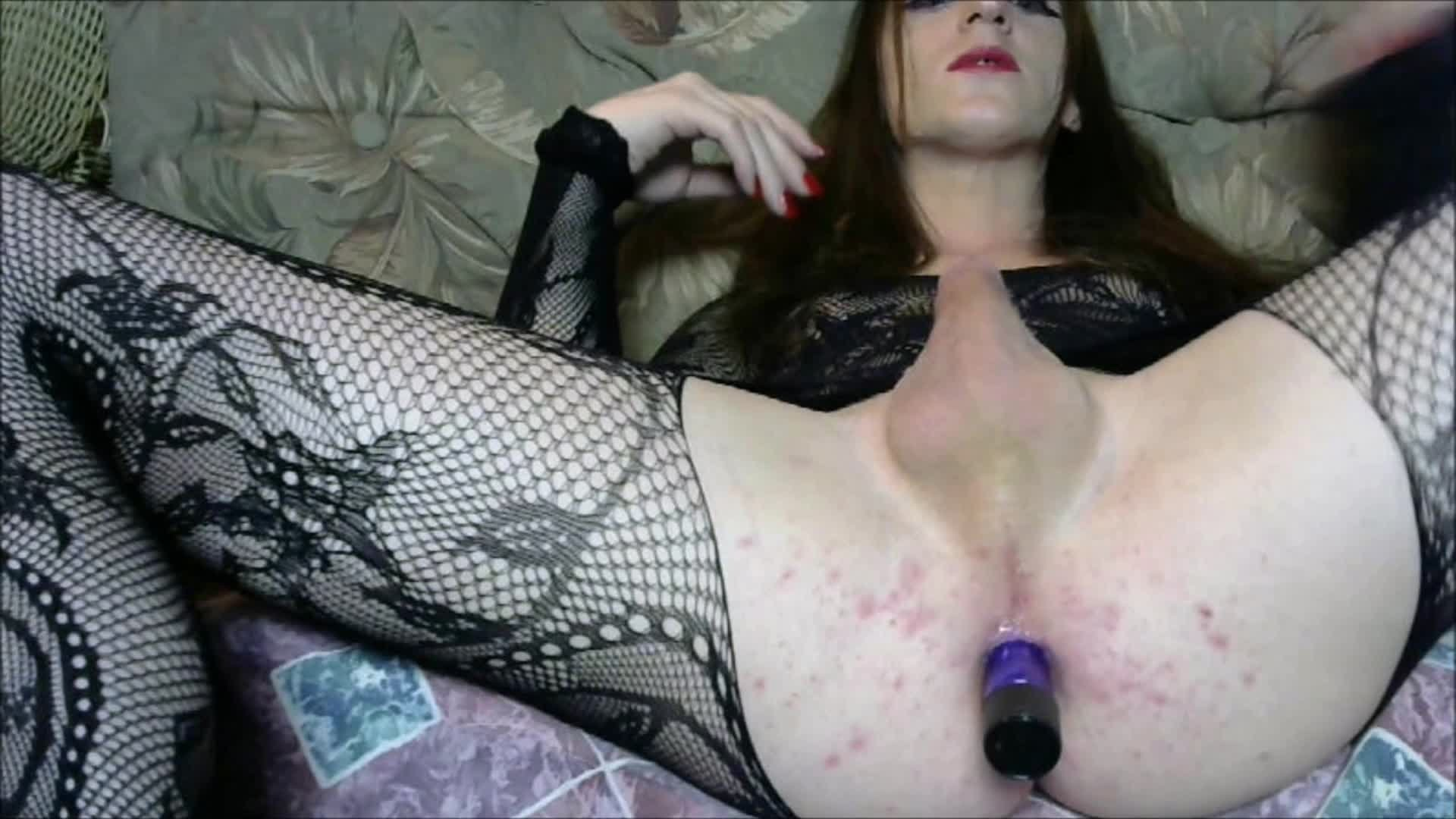 Holly Blossom-Manyvids-Holly Blossom Fucks Her Vibrator-Outdoors, Trans, Vibrator